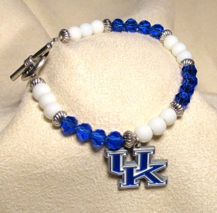 University of Kentucky Closed Bracelet with Trademark Charm $30